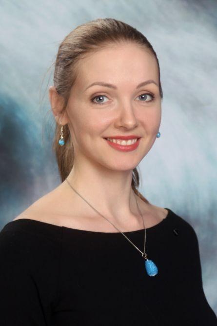 Anna - Itāļu valodas skolotāja